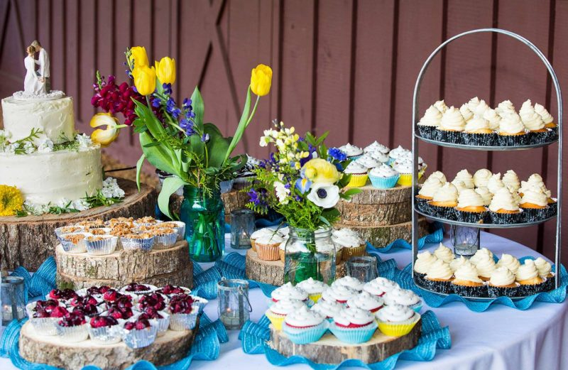 NC Mountain Barn Wedding Dessert Table
