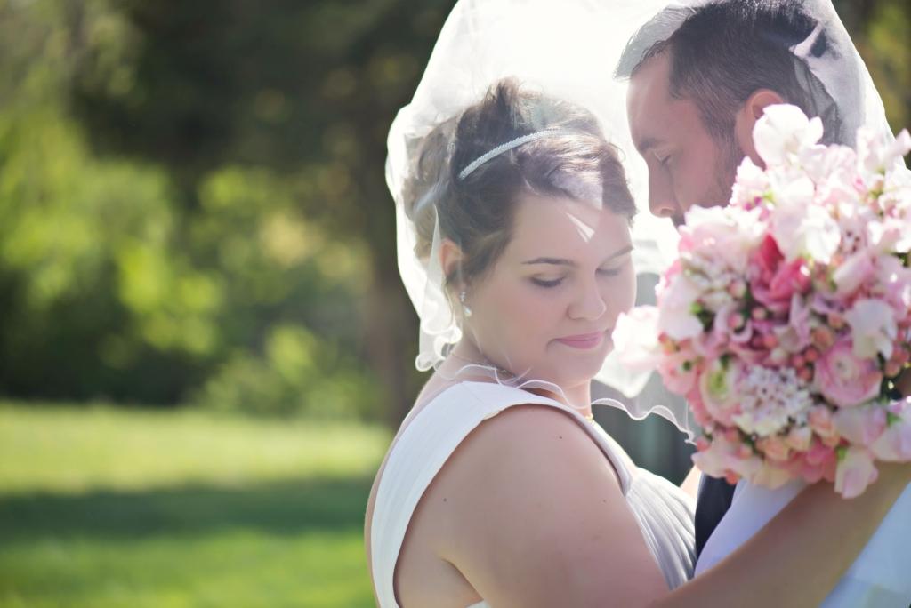 bride & groomveil