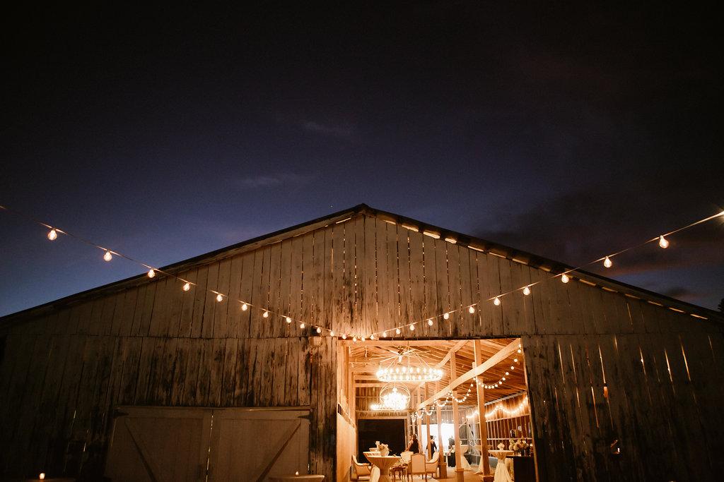 Barn Wedding Venue- 1870 Farm. Photo by Melissa Maureen.